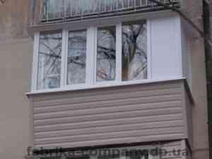 Балкон по пр.А.Поля